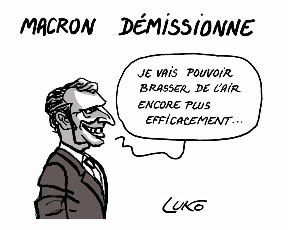 MACRON-DÉMISSION-W